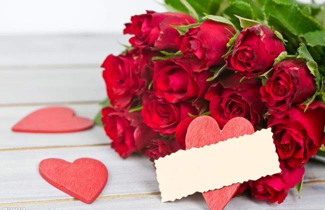 进口鲜花、二次元的爆红,意味着情人节消费开始变天?