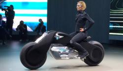 德国宝马花2亿造出不倒摩托车,从此将是一场摩托界的革命