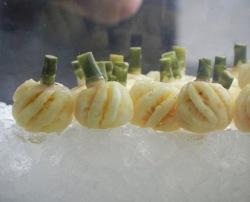 还有如此可爱的水果?!泰国迷你菠萝欲出口中国