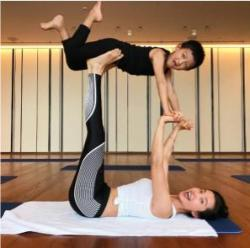 瑜伽练得好男友在高考   赶紧备好装备练瑜伽去