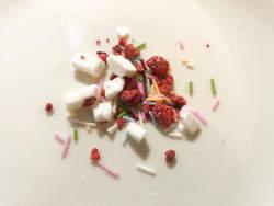 草莓巧克力泡面??甜品控再也无法直视泡面了