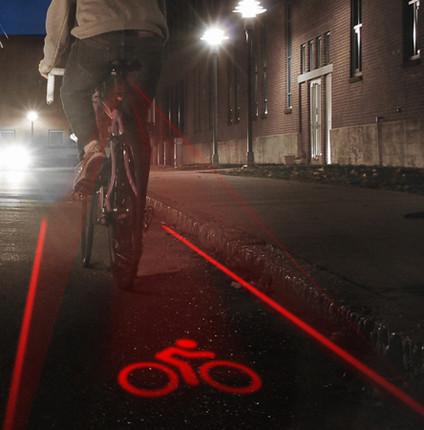 夜晚骑车安全性低?装上美产自行车激光尾灯带你飞!