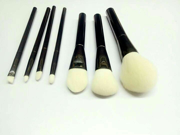 化妆刷加工